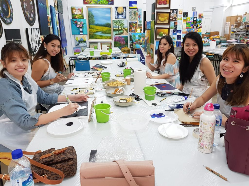 Hen's Night Art Jamming Session with food at Heartroom Gallery